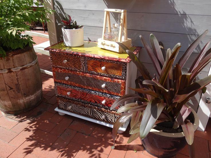 Gartendeco mit Decopatch aus Sperrmüll, ein Unikat!