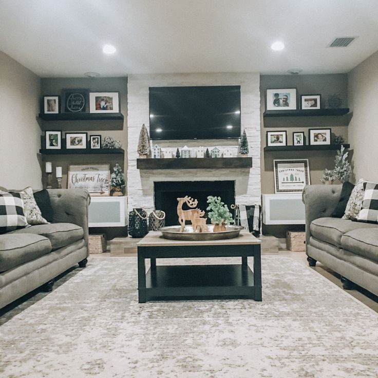 Neutral Living Room With Traditional Fireplace In 2019: Pin By Phillip Sheffer On Living Room With Fireplace In