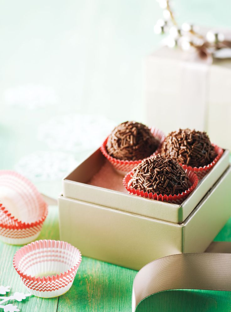 Really Good Rum Balls—There are rum ball recipes galore, but none better than this one.