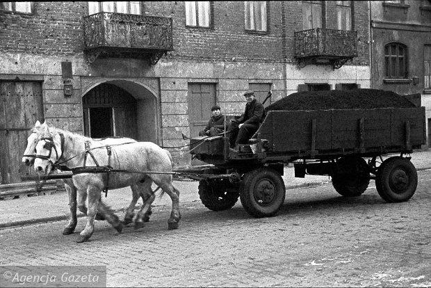 Warszawa 1960 r., ulice Miedziana, Chmielna i okolice