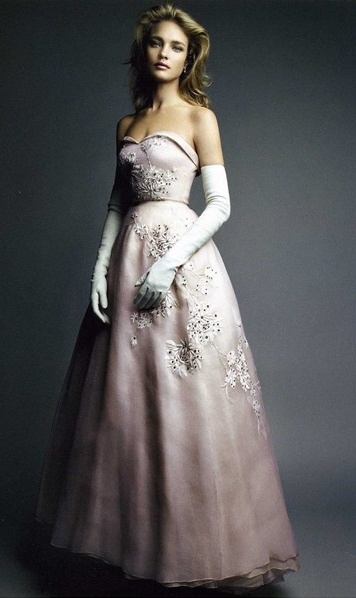 Natalia Vodianova in Dior Couture by Patrick Demarchelier - Very Classic cut and style