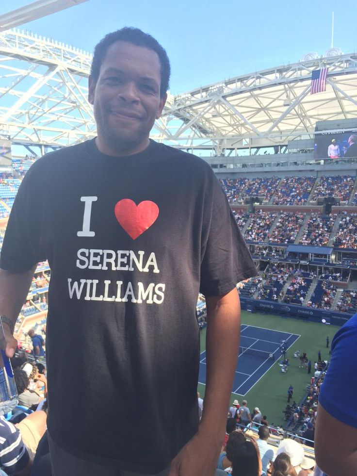 9/6/15 #GreatFans ... Via Serena Williams News:  ·  We spotted a very dedicated Serena Williams fan in the stands with us! #USOpen!