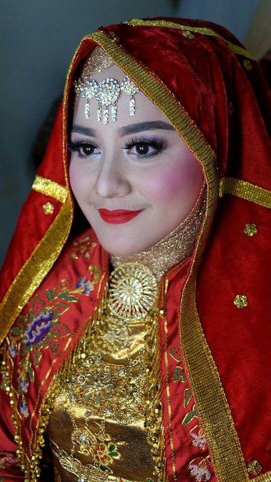 Minangkabau fashion  for wedding