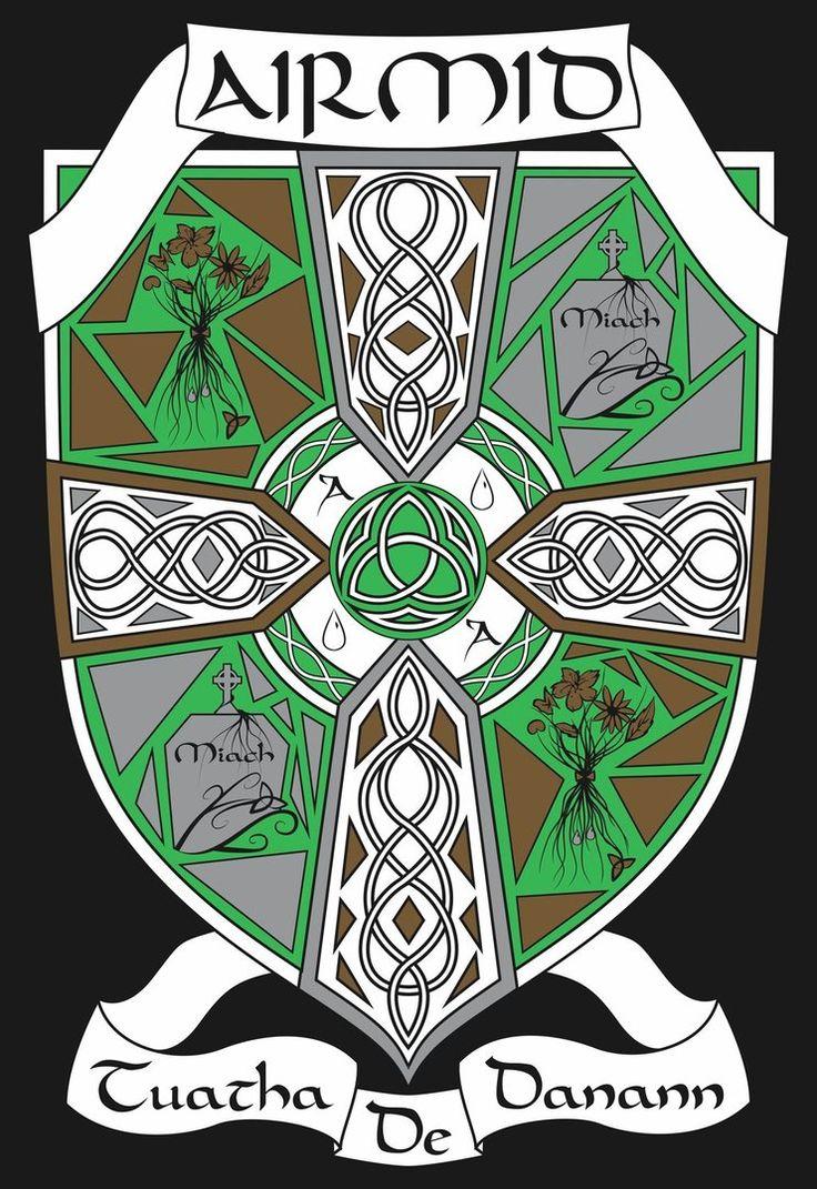 Risultati immagini per celtic coat of arms