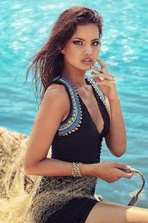 http://articleinformationblg.blogspot.fr/2014/12/world-best-beauty-girls-in-2014.html