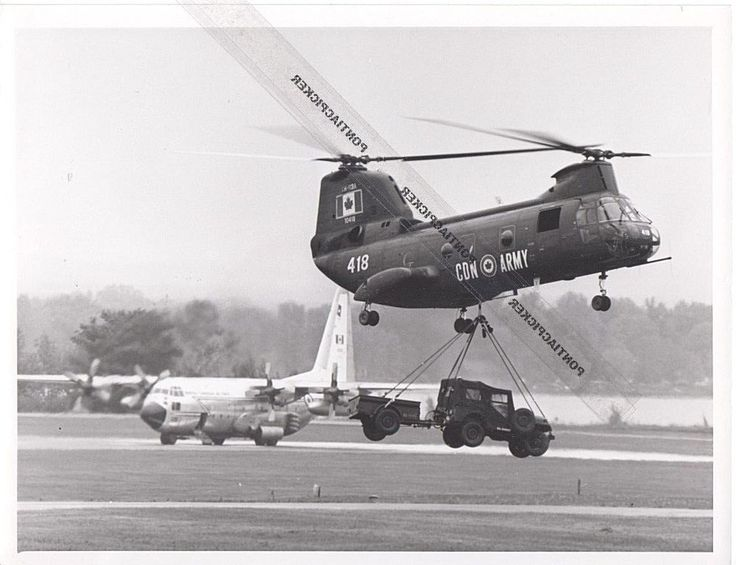 Nat Defense RCAF CH-113 Labrador Helicopter Can Military Air Force Vtg Photo 6x8
