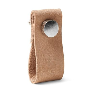 Knoppar till skänk i hallen! Beslag i läder, 2,5x6 cm - Knoppar- Köp online på åhlens.se!