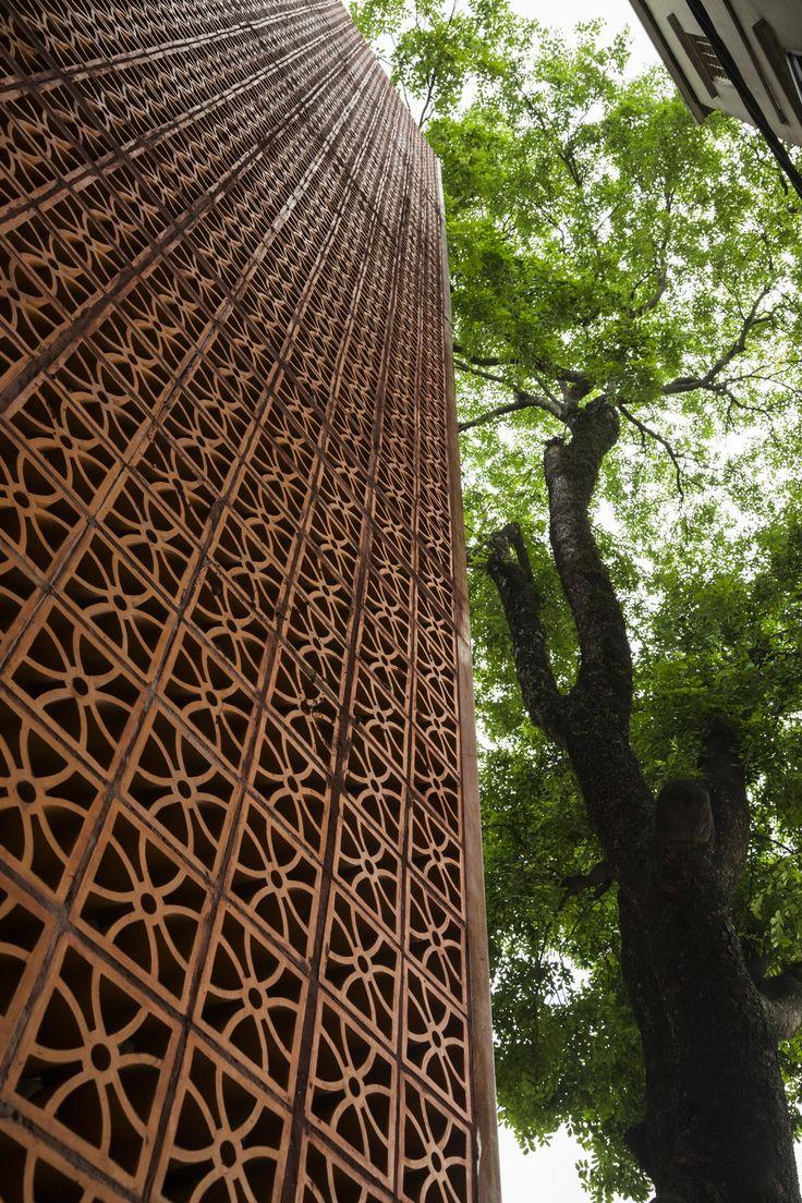 VTN | Vo Trong Nghia Architects - Nanoco-Panasonic showroom in Hanoi