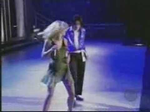 Madona, Britney Spears, Cristina Aguilera, Missy eliot - Like a virgin/Hollywood VMA 2003 español - YouTube