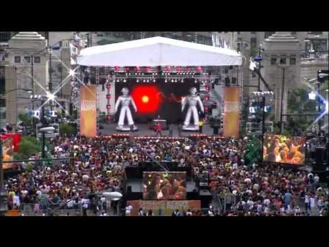 Black Eyed Peas - I Gotta Feeling - Chicago - Live Oprah -- I'm not an Oprah fan, but this is cool.