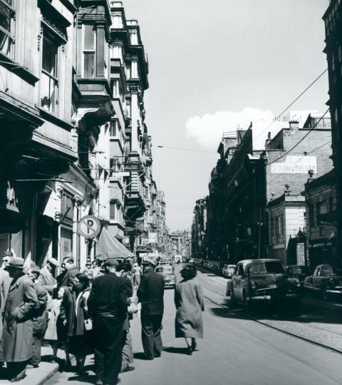 \İstiklal Caddesi / 1954