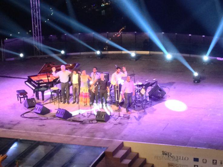 La regina del jazz Dee Dee Bridgewater e il grande trombettista Irvin Mayfield, per una serata omaggio alla cultura e alla musica di New Orleans, nel decimo anniversario della strage dell'uragano Katrina. Al Ravello Festival