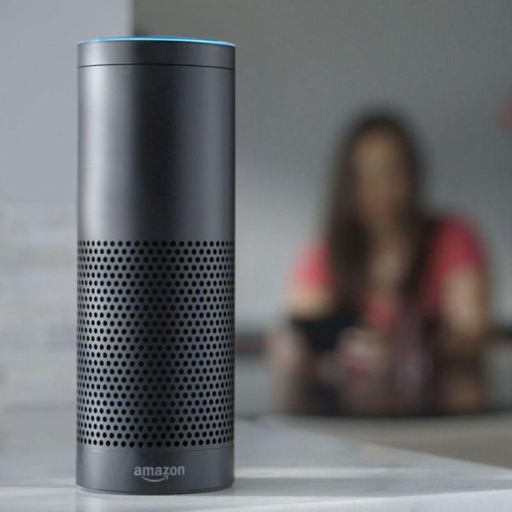 Robotul Alexa caută zboruri pentru oricine îi cere acest lucru (video)