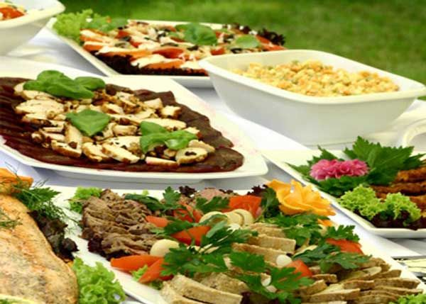 Catering A Wedding Weddingfood Weddingtips Brieonabudget Food Business IdeasBusiness TipsRecipe