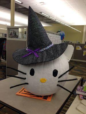 Life of a mad typer: Hello kitty Pumpkin tutorial.