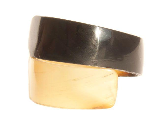Женский браслет из рога —  B210