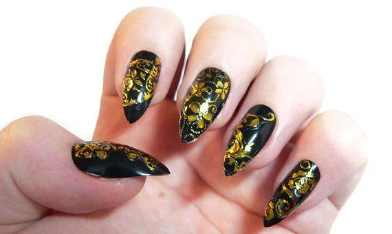 Black Stiletto nails by Ellurenails on Etsy