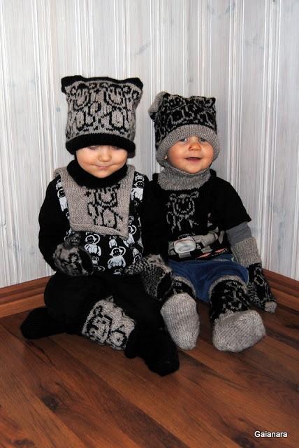 Children´s monkey sets; beanie, neckwarmer, mittens and woolen stockings