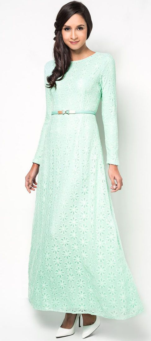 Lace Shift Maxi Dress With Belt in green by Zalia. MAde of polyester material. http://zocko.it/LDMQU