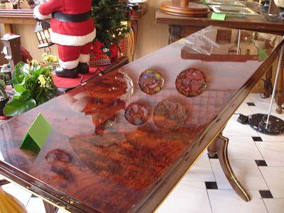 mesa años 70 plegable madera de cerezo  decoración vitange, buena conservación