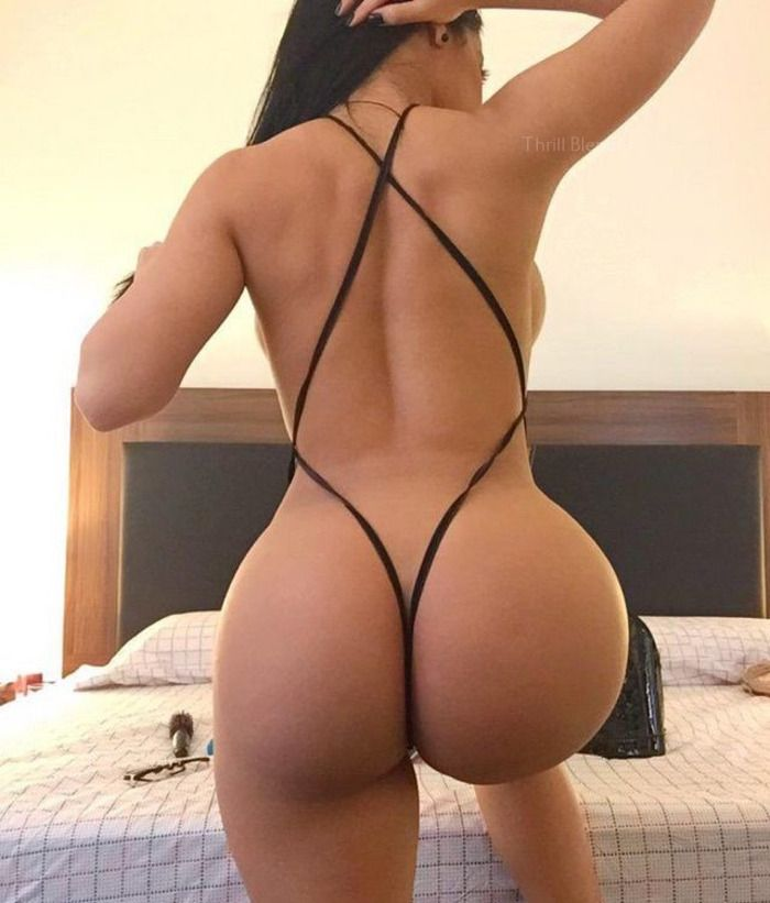 Girls Butt Naked Pics