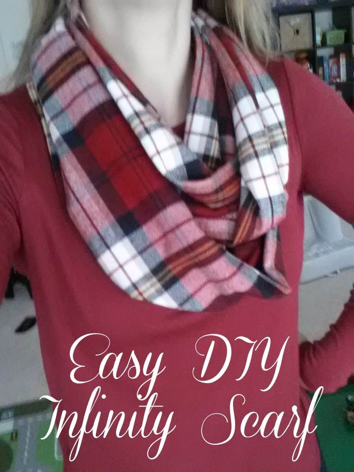 Magnolia Mommy Made: Easy DIY Plaid Flannel Infinity Scarf Tutorial.  You only need one yard of fabric and it's so easy!
