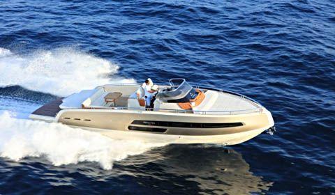 Invictus Yacht svela tutte le foto ed info sul 370 GT top di gamma