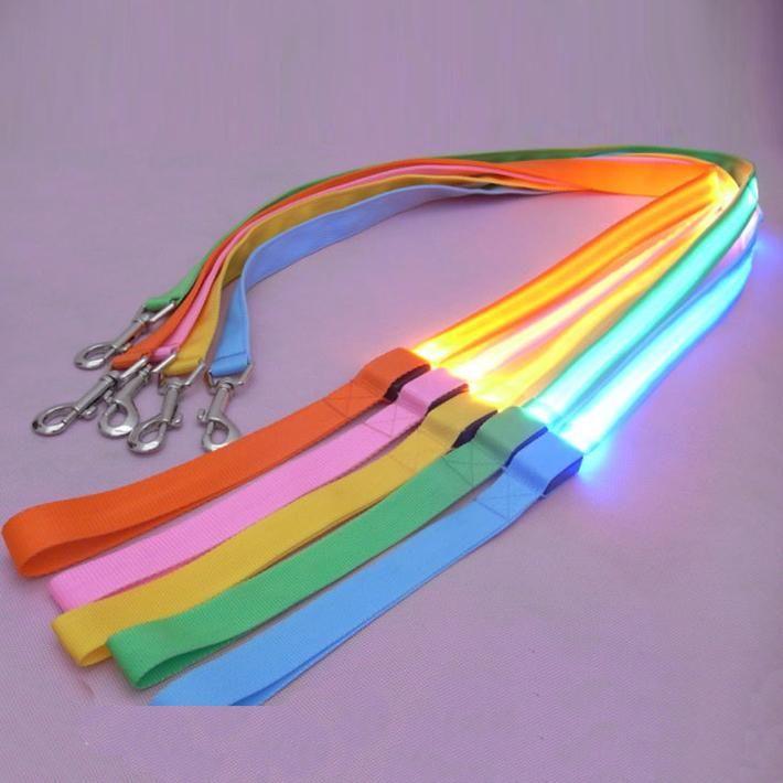 2.5 cm LED Kat Hond Huisdier LED Leash Glow Veiligheid Hondenlijn Knipperende verlichting Up Goede Kwaliteit Niet de Goedkopere Hondenriem Gratis Verzending