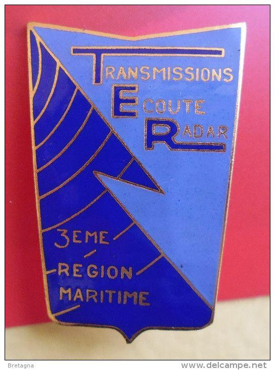 MARINE - ancien insigne du centre transmission écoute radar de la 3ème région maritime - TOULON