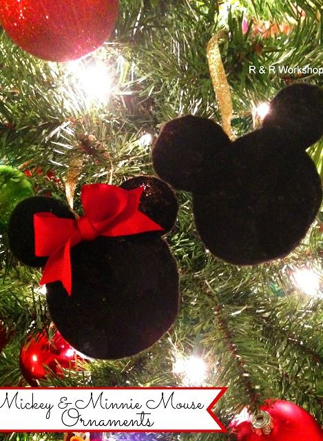 A perfect winter craft for creative kids! #DIY Mickey and Minnie Mouse Ornaments. Perfect for the Disney loving family:)