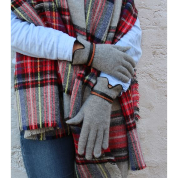 Santacana Angora Touch Screen Gloves in Grey. £20. Worldwide Shipping Available.