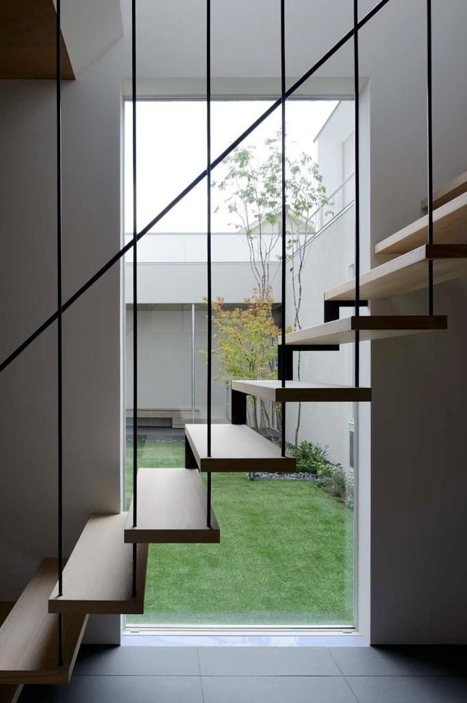 建築家:半谷彰英「『凹[ou]』内と外の関係性を持つ住宅」 もっと見る