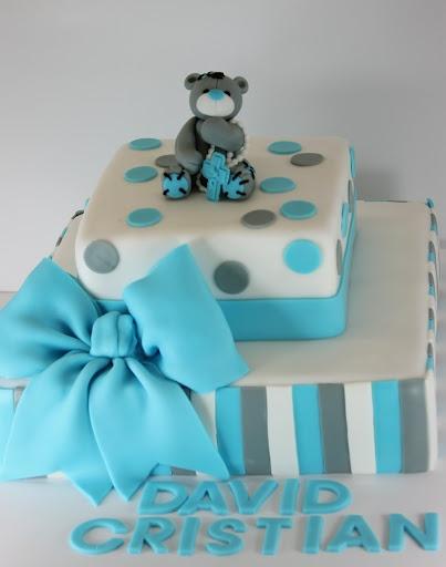 viorica's cakes: Tort botez cu ursulet gri
