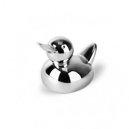 """Nietypowy stojak na pierścionki Zoola w kształcie kaczki zwraca uwagę swym estetycznym kształtem i nowatorskim pomysłem na przechowywanie pierścionków. Idealnie nadaje się na prezent lub do codziennego """"pilnowania"""" pierścionków."""