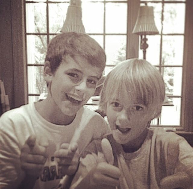 Jack Gilinsky & Jack Johnson My boys. They were so cute as little kids. I see nothing has changed.