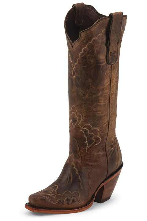 Gorgeous high heel cowgirl boots in rich brown by Tony Lama #weddings #prom