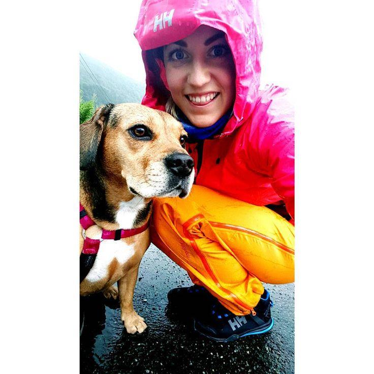 Våt våtare! Finst ikkje dårlig vær... !  #hellyhansen #norrøna  #frengle Photo by @miramartine on Instagram