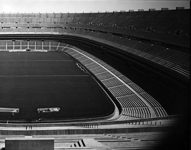 42 best pedro ram rez vazquez images on pinterest for Puerta 1 estadio azteca
