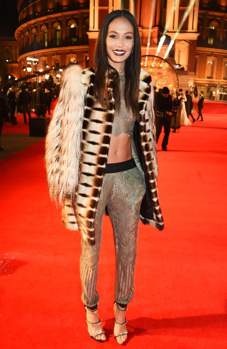 Kate Moss, Gigi Hadid, and Alessandro Michele's Gucci Gang Top the Best Dressed at the British Fashion Council's Fashion Awards Photos | W Magazine