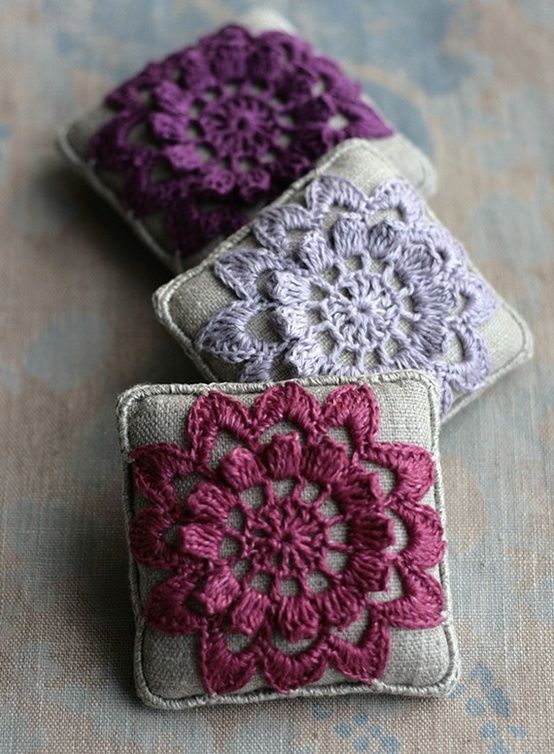 Pretty sachets. love the tatted lace flowers~❥