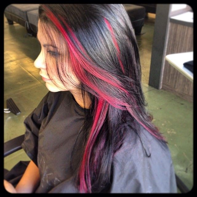 red streaks, I want to do this for a hipster snow white idea.