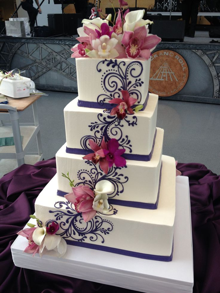 The Cecile Buttercream wedding cake with fresh flowers