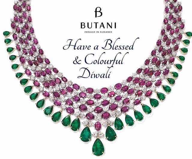 Butani Jewellery wishes you a Very Happy and Blessed Diwali on this Festival of Lights.  #Butani #ButaniJewellery #Diwali #HappyDiwali #FestivalofLights #Family #Happy #Love #Celebration #Necklace #Jewellery #Highjewellery #Hautejoaillerie #Ruby #Emeralds #Diamonds