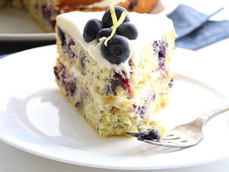 http://www.thebantingchef.co.za/recipes/cakes/blueberryzucchinicake.html