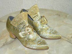 chaussures renaissances