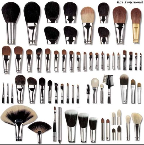 If i can ever find all these brushes in a set...ill be the happiest person EVERRR!!!!