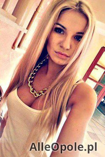 Blondyneczka szuka przyjaciela do łóżkowych igraszek (Opole)