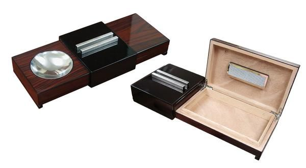 LACQUER BRAZILIAN ROSEWOOD SLIDING ASHTRAY W/ HUMIDOR & HUMIDIFIER