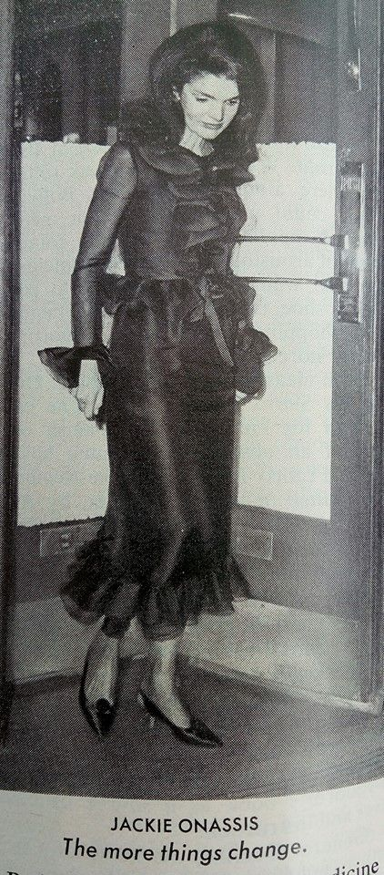 I'd wear this now! Beautiful photo of Jackie O.