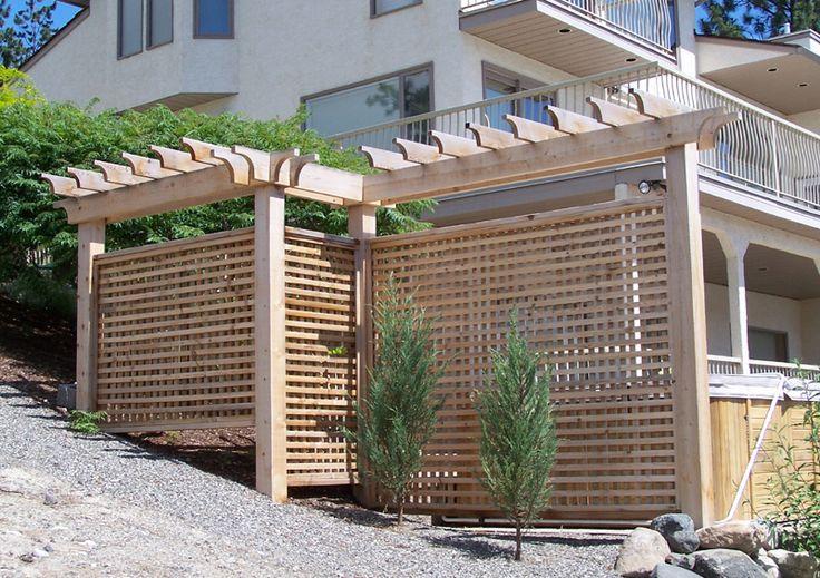 Exterior design beautiful garden ideas with lattice for Garden screen designs